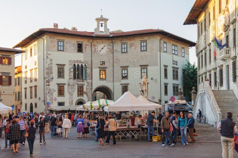 Piazzadei Cavalieri - Pisa royaltyfria foton