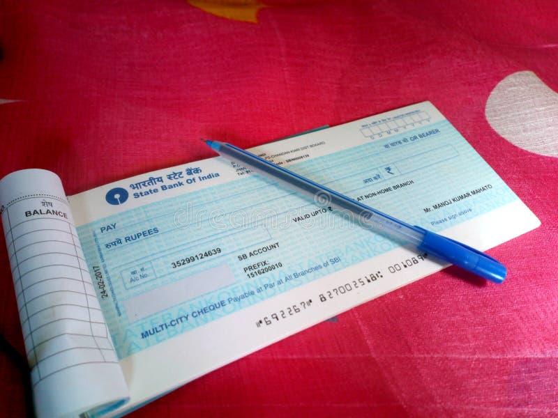 PIC indiano do hd do livro de verificação do banco fotografia de stock