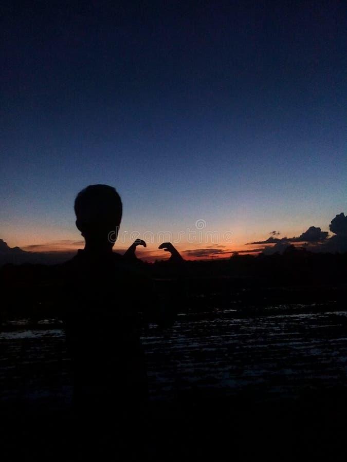 PIC naturelle avec le coucher du soleil photos stock