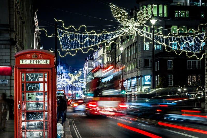 Picadilly voor Kerstmis, Londen wordt verfraaid dat stock fotografie
