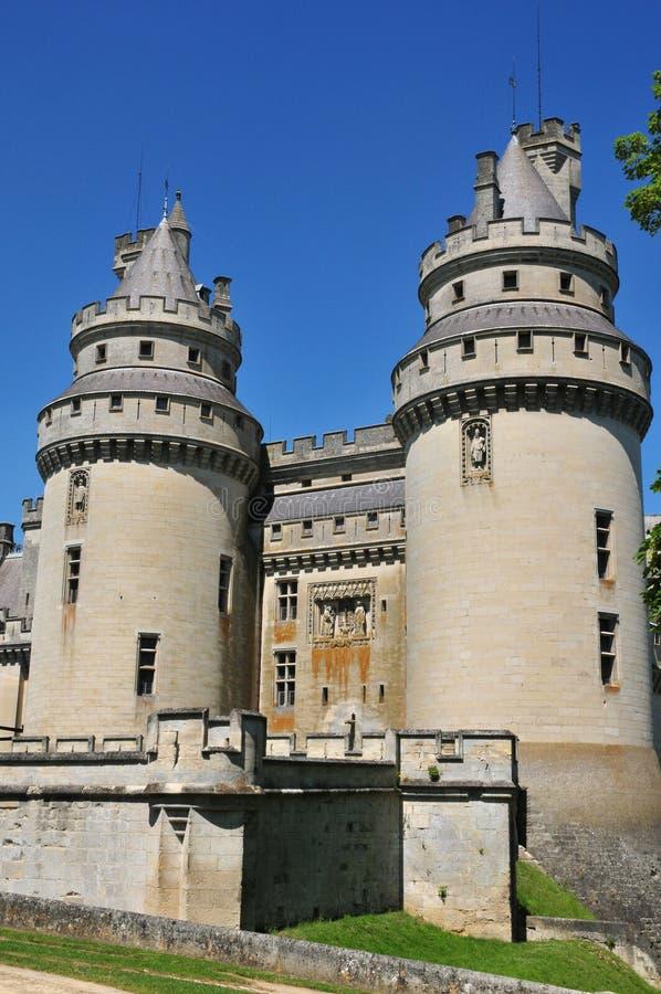 Picardie den pittoreska slotten av Pierrefonds i Oise royaltyfri bild