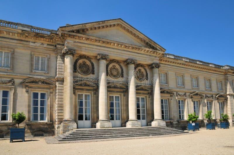 Picardie, le château pittoresque de Compiegne en Oise images stock