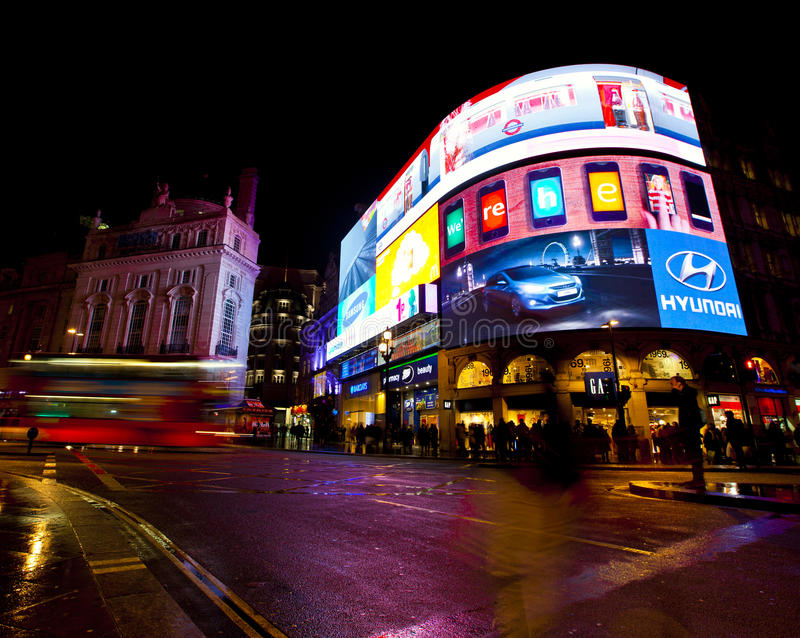 Download Piccadilly Circus Editorial Stock Image - Image: 24135149