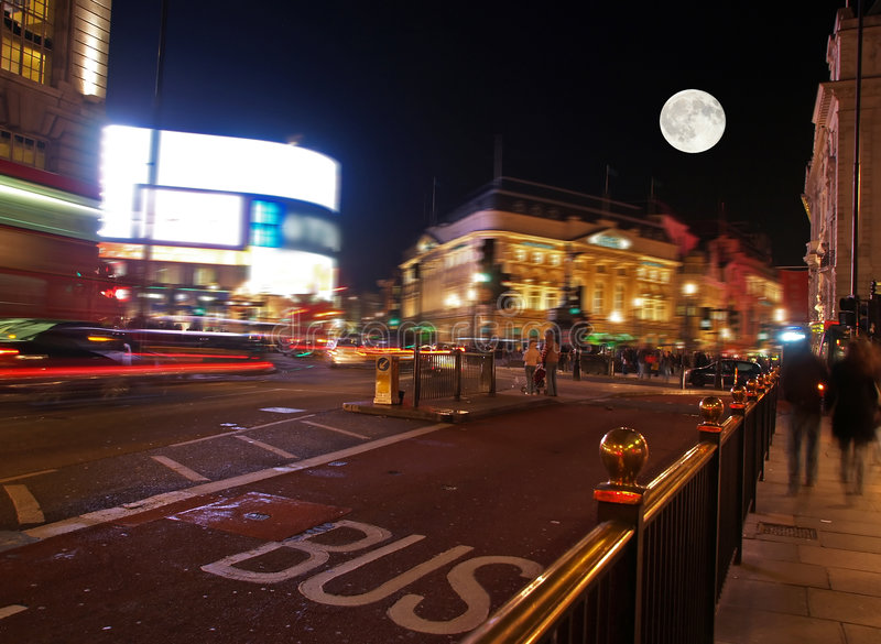 Download The Piccadilly Circus At Night Stock Photo - Image: 3165484