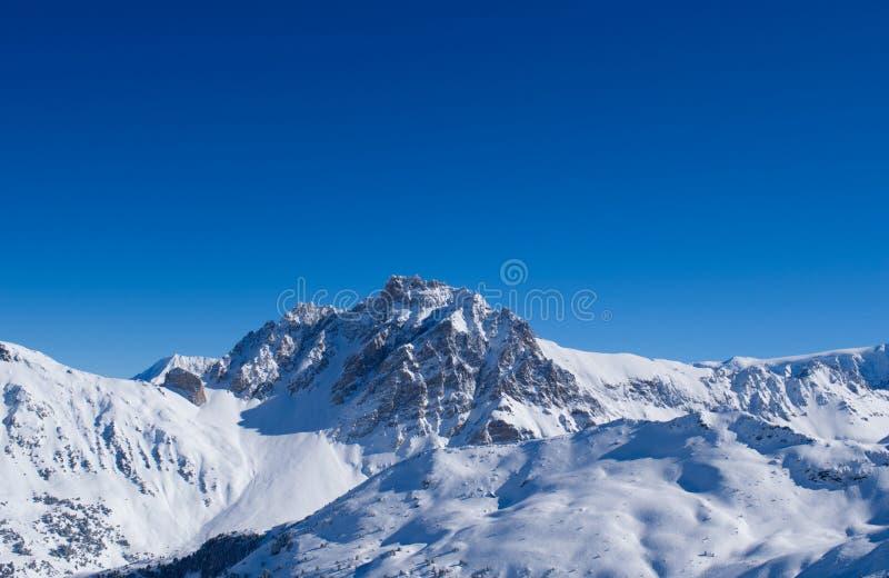 Picco alpino solo di Mountian fotografie stock