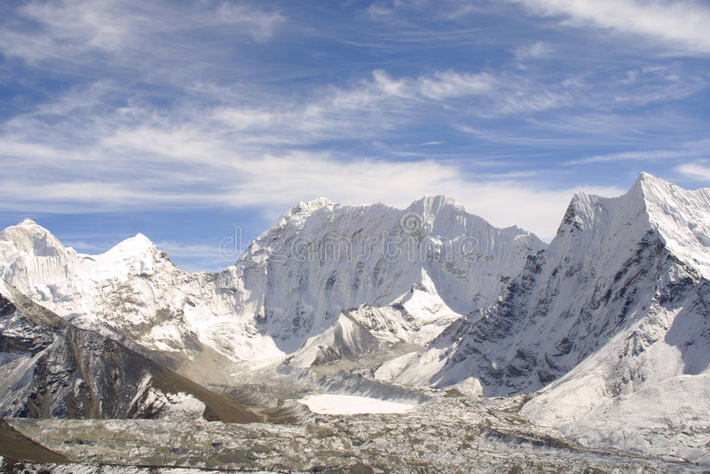 Picco di montagna dell'Himalaya fotografia stock