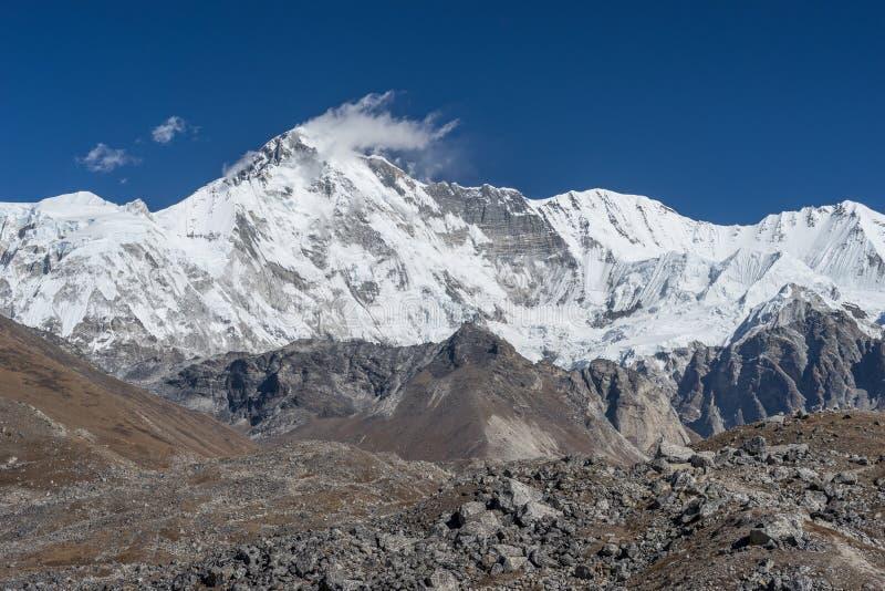 Picco di montagna di oyu di Cho fotografia stock libera da diritti