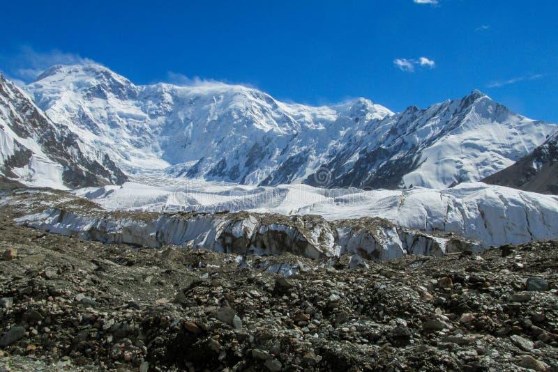 Picco di Pobeda in montagne di Tian Shan immagine stock