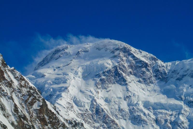 Picco di Pobeda in montagne di Tian Shan fotografia stock libera da diritti