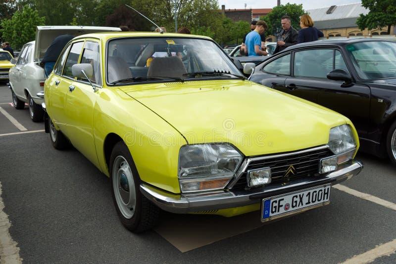Piccola automobile di famiglia francese Citroen GS Berline fotografia stock libera da diritti