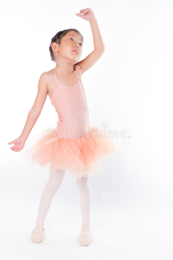 Download Piccola Ballerina Nello Studio Fotografia Stock - Immagine di ballo, modo: 56884520