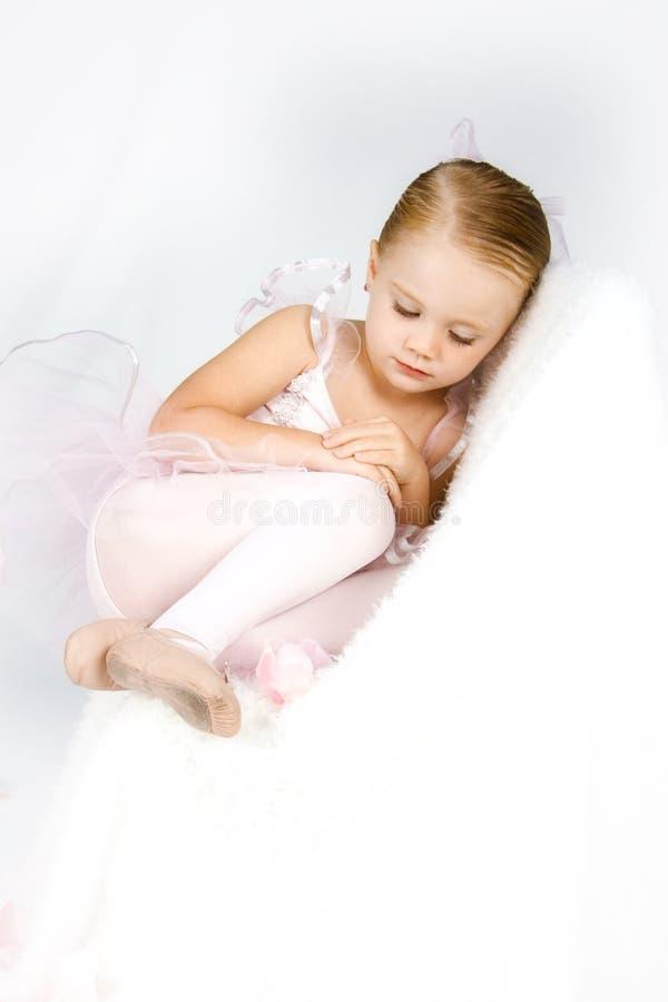 Piccola ballerina paziente immagini stock