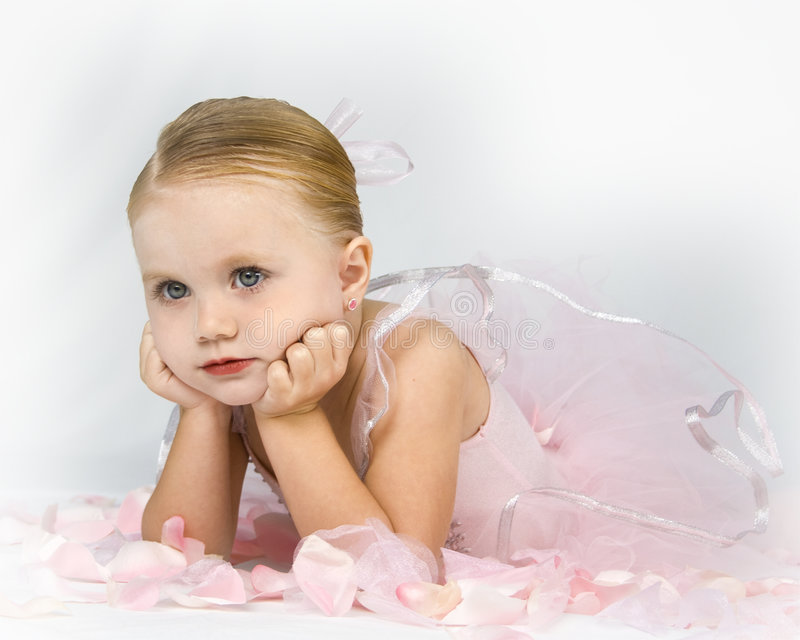 Piccola ballerina paziente fotografia stock