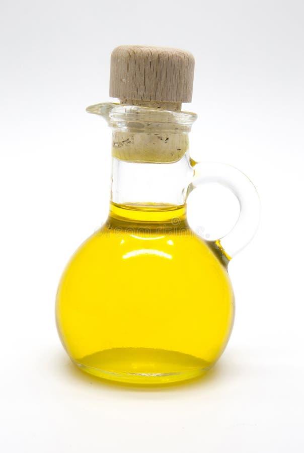 Piccola bottiglia di olio d'oliva con sughero immagine stock libera da diritti