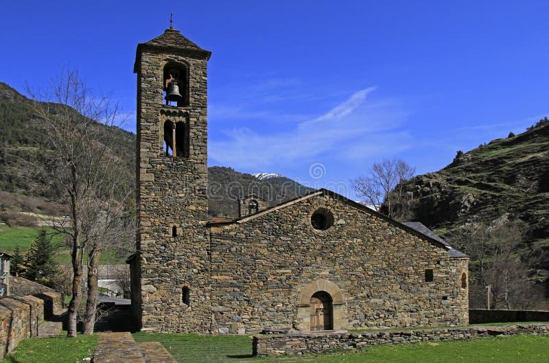 Piccola chiesa del villaggio in Andorra immagine stock libera da diritti