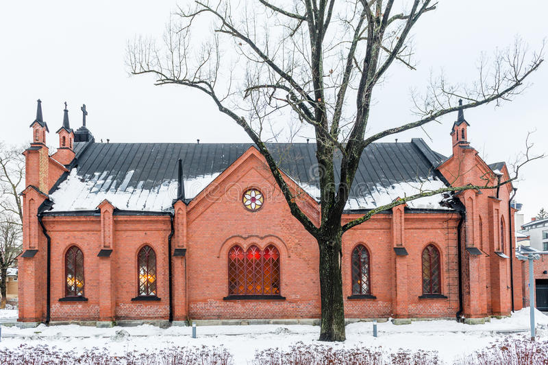 Piccola chiesa di vecchio stile a Helsinki fotografia stock