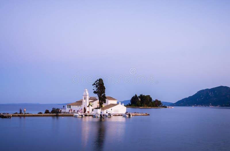 Piccola chiesa in Grecia fotografia stock