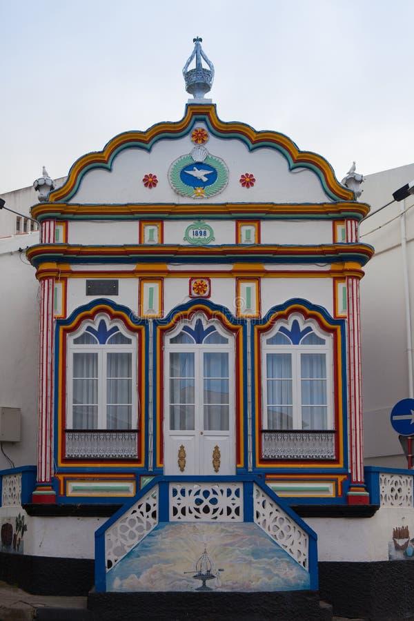 Piccola chiesa nominata imperio in Terceira fotografia stock libera da diritti