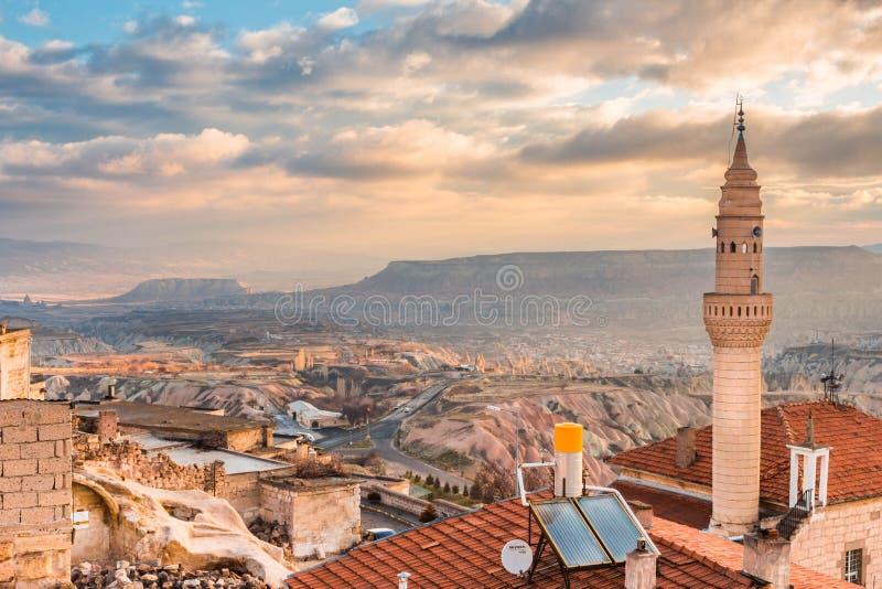 Piccola moschea di Uchisar in Cappadocia, Turchia fotografia stock