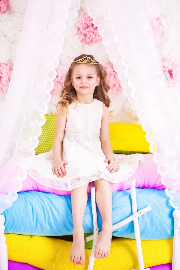 Piccola principessa sul pisello fotografia stock