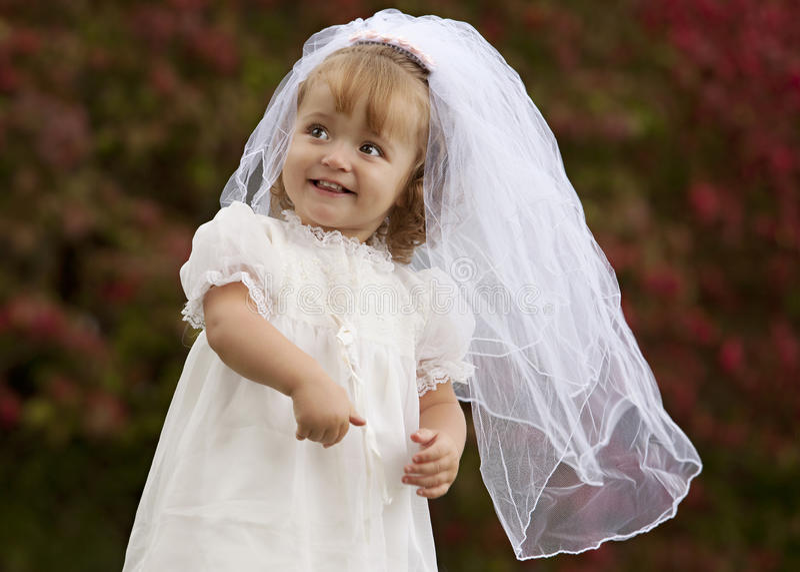 Piccola sposa fotografia stock libera da diritti