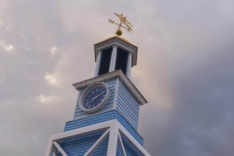 Piccola torre di orologio nel porto di Halifax fotografia stock