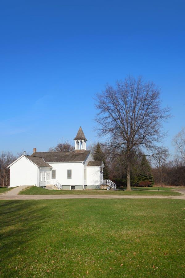 Piccola vecchia chiesa immagine stock