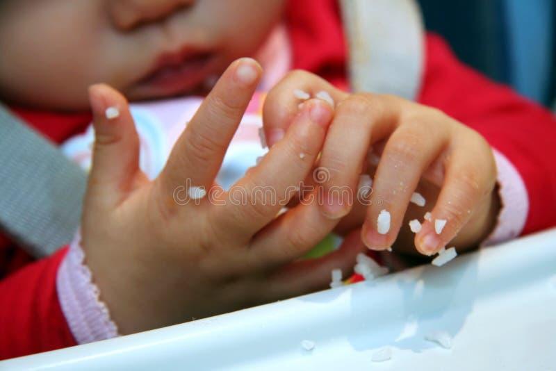Piccole mani sudicie fotografie stock libere da diritti