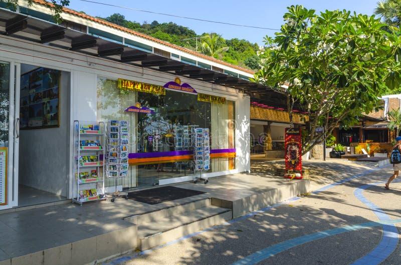 Download Piccoli Caffè E Negozi Sul Tailandese Fotografia Stock Editoriale - Immagine di motociclo, partiti: 30829033