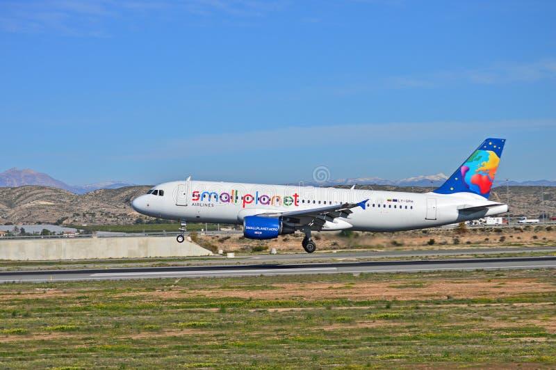Piccolo aereo passeggeri del pianeta fotografia stock