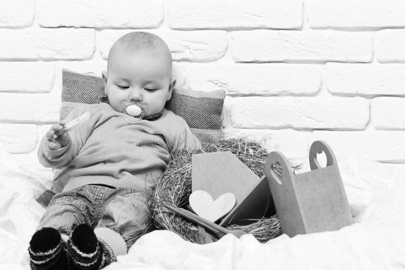 Piccolo bambino del neonato immagine stock