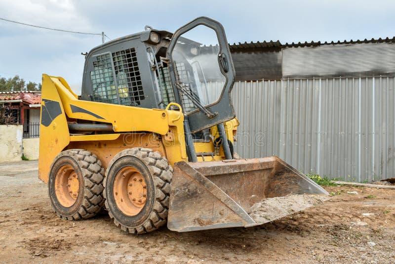 Piccolo bulldozer immagine stock