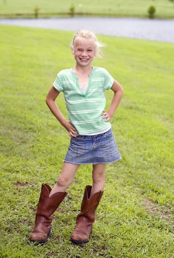Piccolo Cowgirl sveglio immagine stock