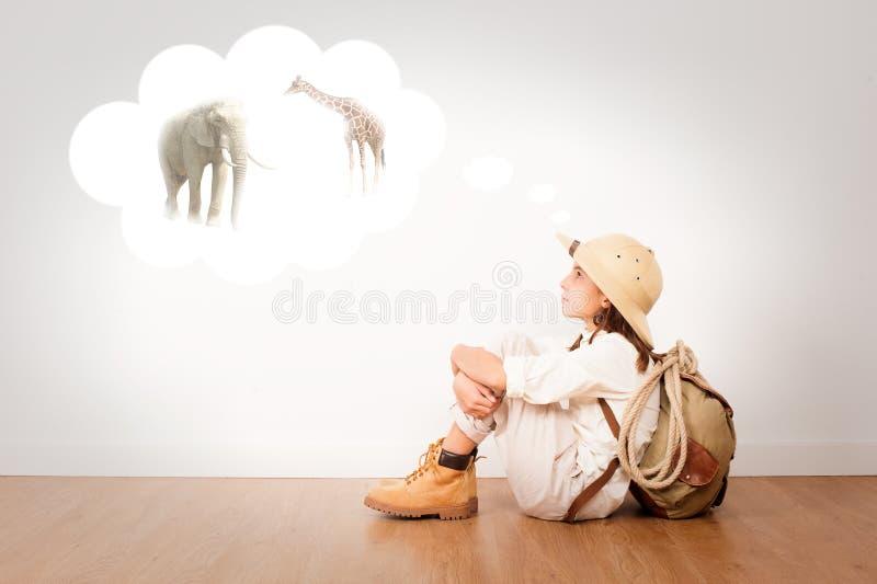 Piccolo esploratore su una stanza fotografie stock libere da diritti