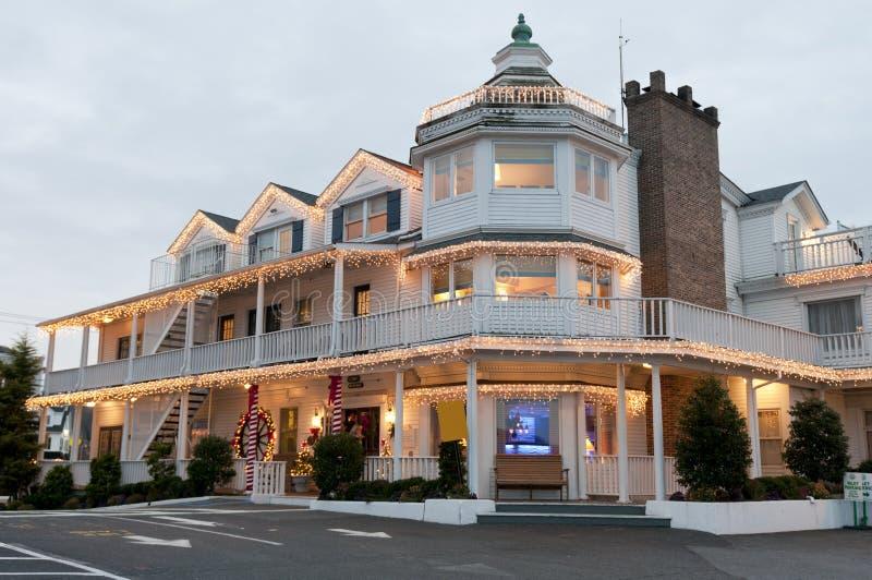Piccolo hotel di natale immagini stock libere da diritti