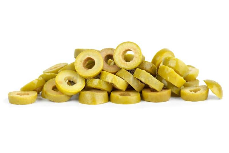 Piccolo mucchio delle olive verdi affettate fotografie stock