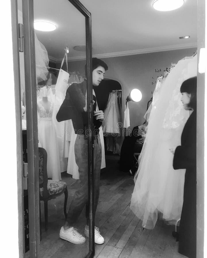 Piccolo negozio nuziale parigino immagine stock