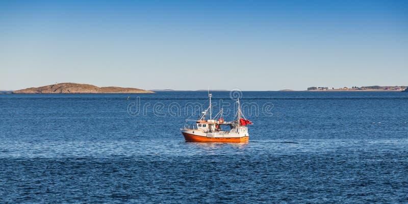 Piccolo peschereccio, Norvegia fotografia stock
