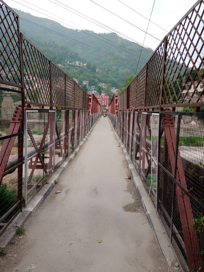 Piccolo ponte della città indiana in città fotografia stock