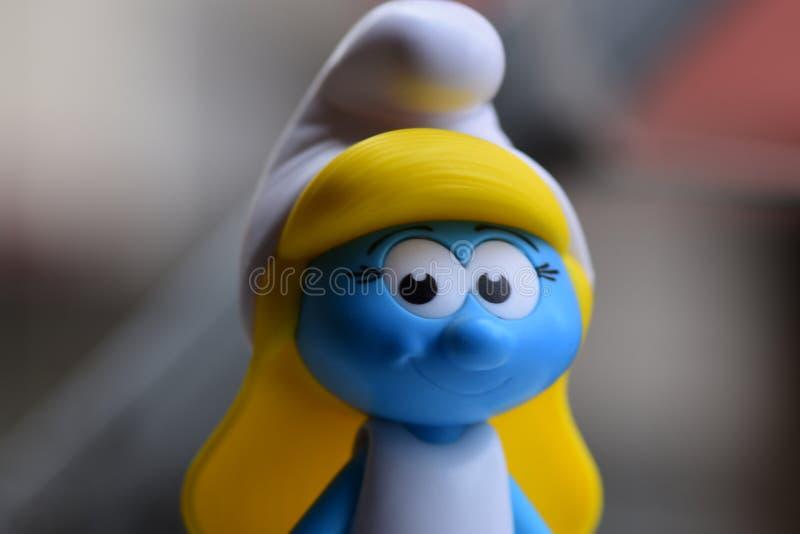 Piccolo Puffi blu, sig.na Smurf fotografie stock libere da diritti