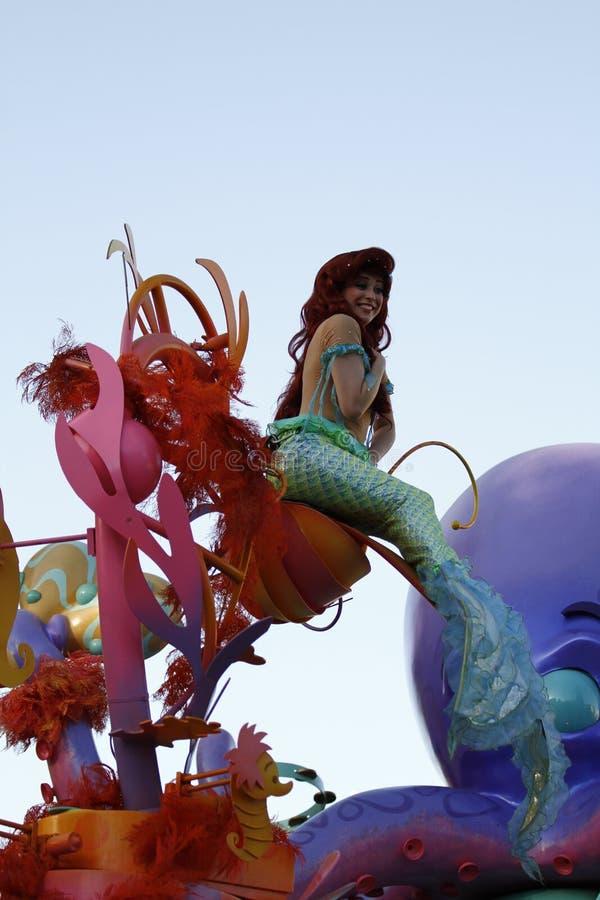 Piccolo sirena nella parata di Disneyland immagine stock libera da diritti