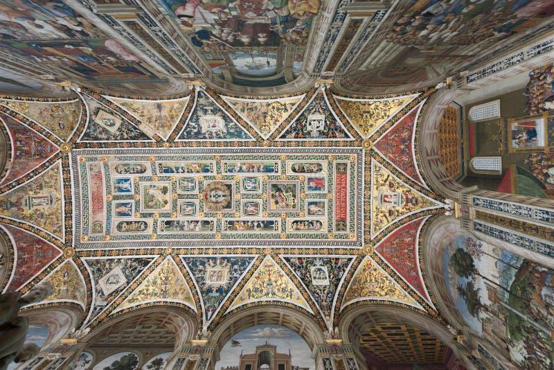 Piccolominibibliotheek in Siena stock afbeelding