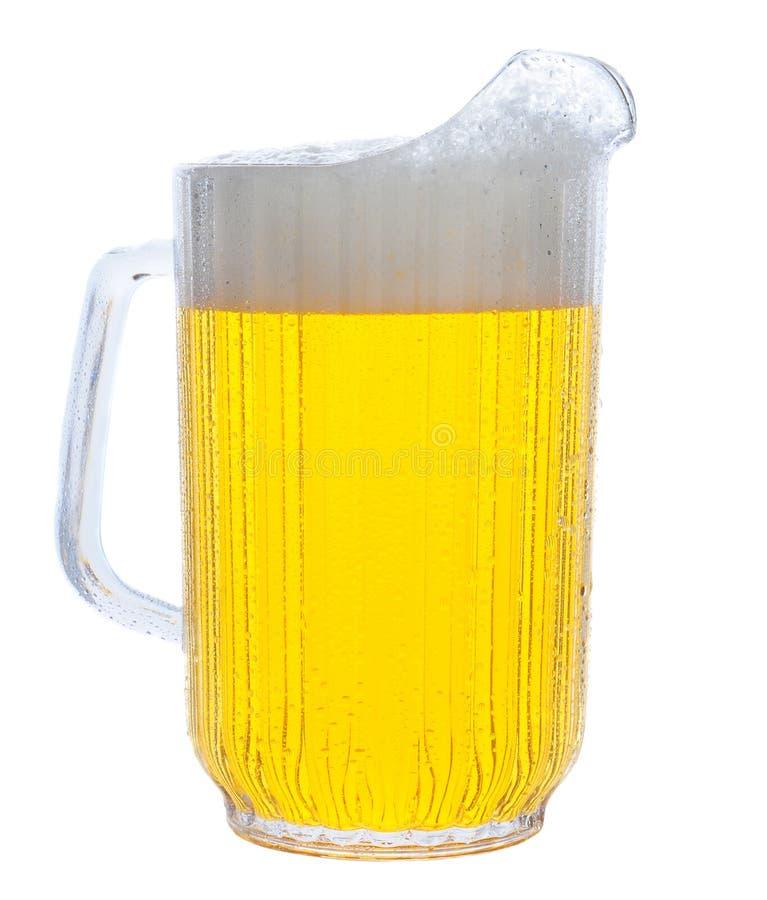 Pichet de bière sur le blanc photographie stock