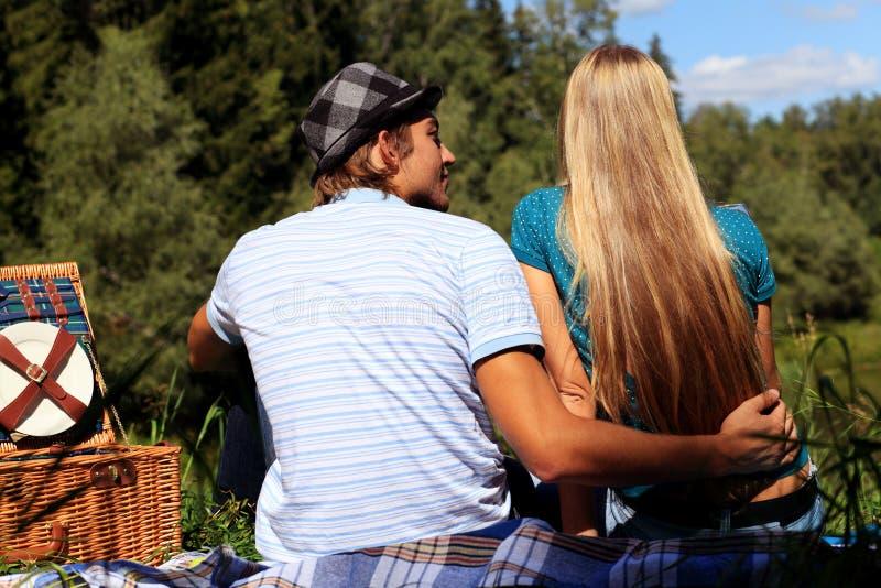 Picknick in openlucht royalty-vrije stock afbeelding