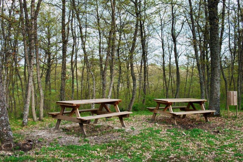 Picknickbereich lizenzfreie stockfotos