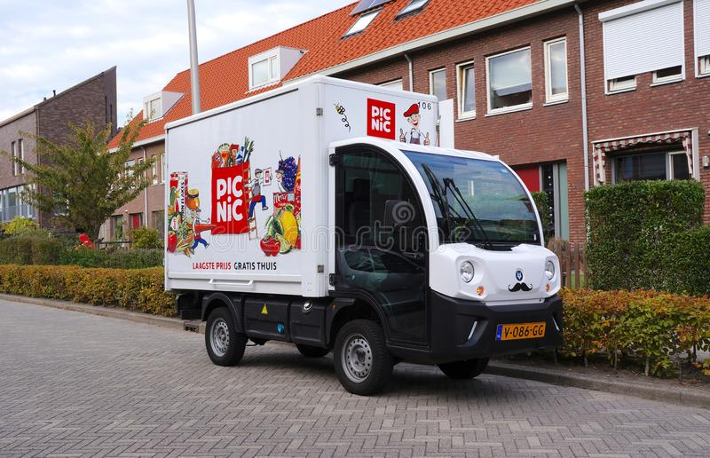 Picknickleveranslastbil, Nederländerna arkivfoto