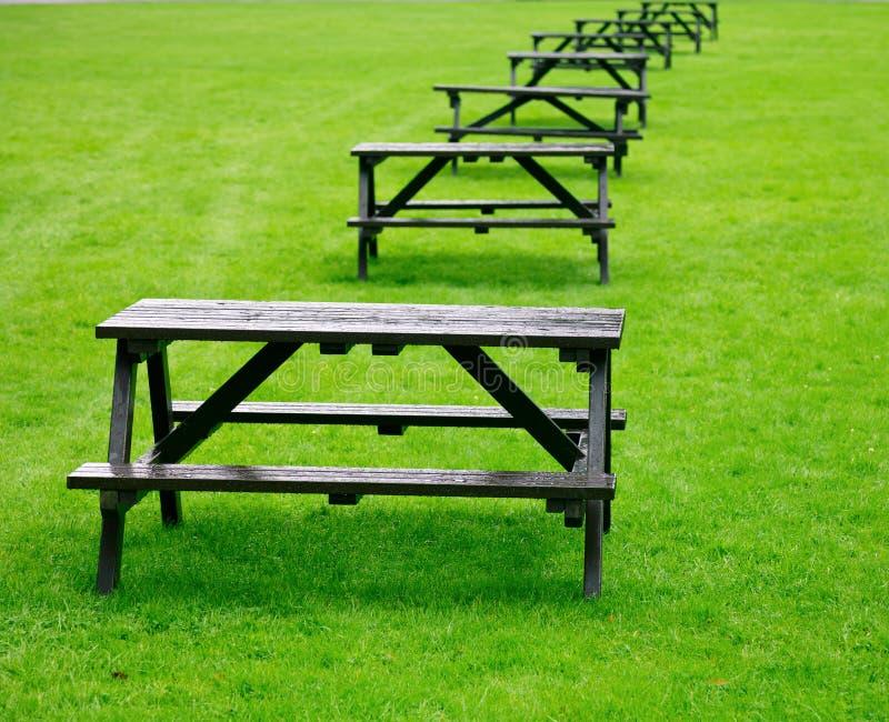 Picknicktabellen Stockfotografie