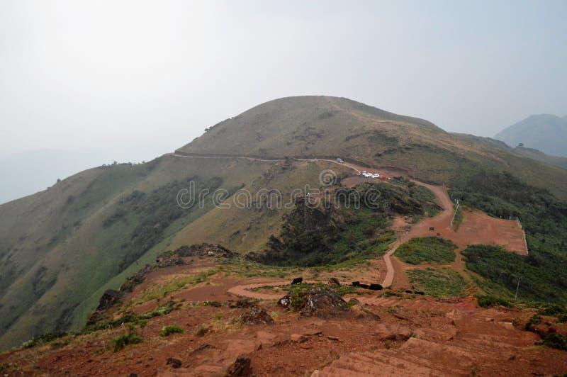 Pico Chikmagalur de Mullayanagiri, Karnataka imagem de stock