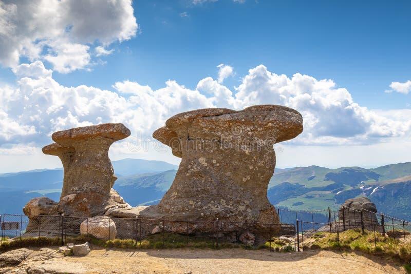 Pico de Babele - erosión natural de las rocas en el parque natural de Bucegi, Rumania imagen de archivo libre de regalías