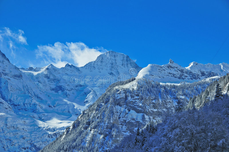 Pico de Breithorn nos alpes suíços foto de stock